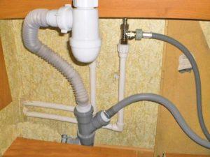 Подключение к канализации отдельностоящей стиральной машины