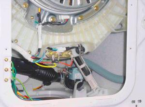 Снимаем заднюю крышку на стиралках Еlесtrolux и Zаnussi