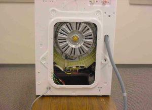 Снимаем заднюю панель на стиральной машине