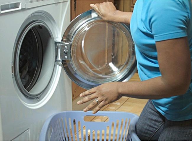 172Кран и вода бьет током что делать