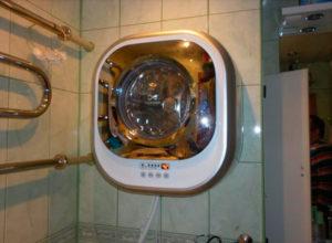 Настенная стиралка в ванной