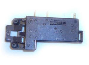 Электромагнитный замок люка стиральной машины