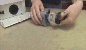 Чистка сливного фильтра в стиральной машине