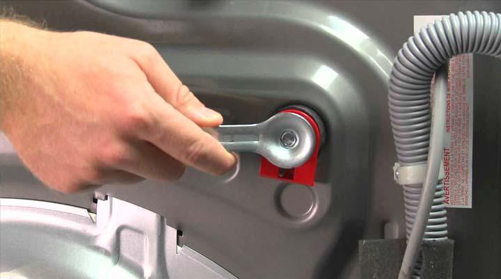 Ключ для снятия транспортировочніх болтов в комплекте со стиральной машиной