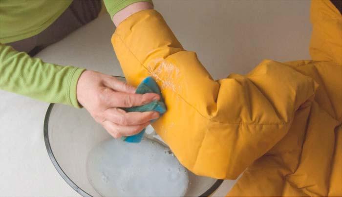Чистка мембранной ткани перед стиркой